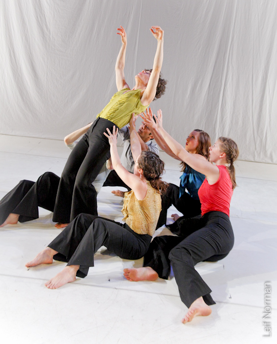 Winnipeg's Contemporary Dancers (photo by Leif Norman)